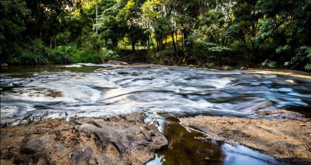 Cachoeiras e piscinas naturais: como não se apaixonar?